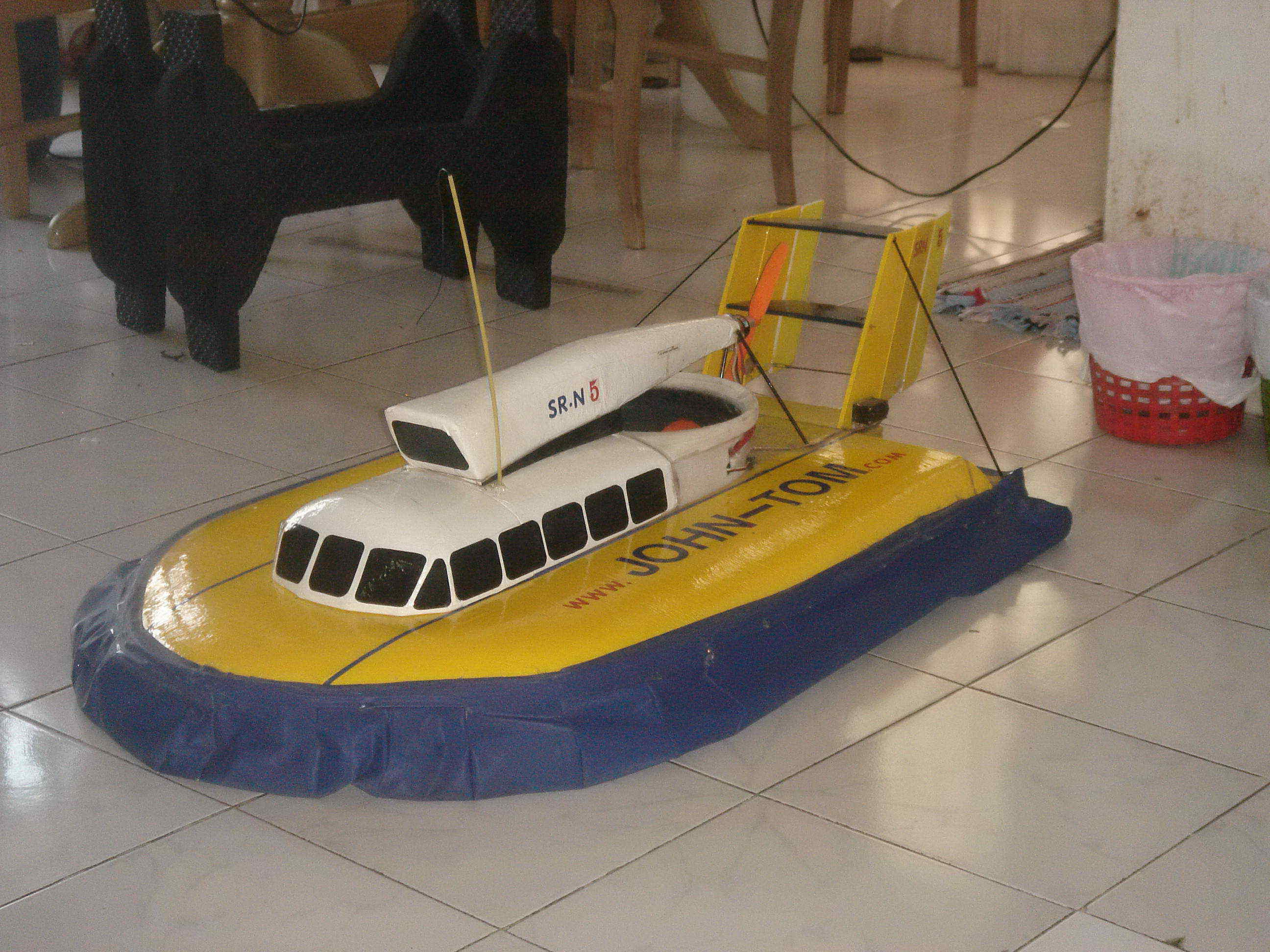 hovercraft project Hovercraft - project work uploaded by ebenezer waghmare chapter 01 introduction a hovercraft is a vehicle that flies like a plane but can float like a boat, can drive like a car but will.